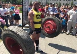 Открытая тренировка по силовому экстриму на Новособорной площади